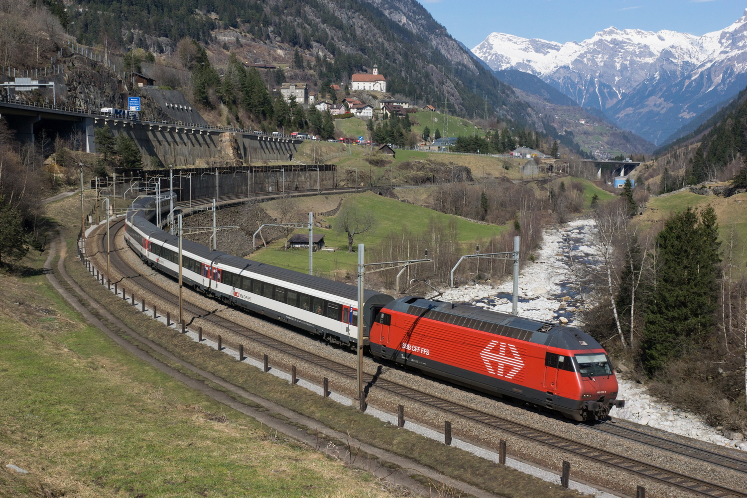 SBB Re 460 026-8 Fricktal 09.jpg