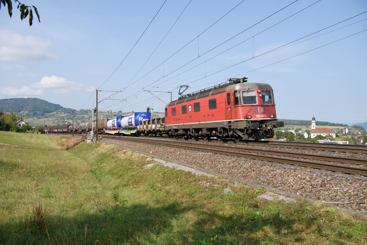 SBB Re 66 11627 Luterbach-Attisholz 8.jpg